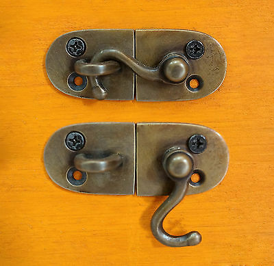 Set of 2 pcs Vintage Round Door LATCH SOLID Brass Unused Latch Hook
