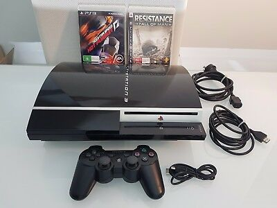 Sony Playstation 3 PS3 Piano Black 80 GB Console + Controller + Games