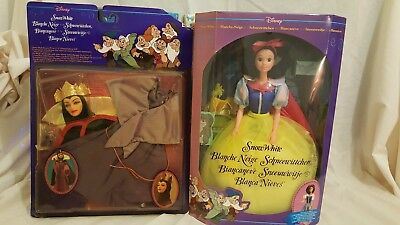 1992 Disney's Official Snow White doll and Queen costume - Mint Condition