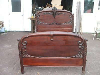 French Victorian Influence Carved  Oak Bed Vintage Antique Farmhouse Chic 3/4