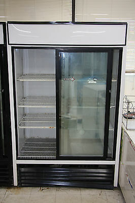 True Mfg Co. GDM-45 Commercial Reach-In Refrigerator retail display