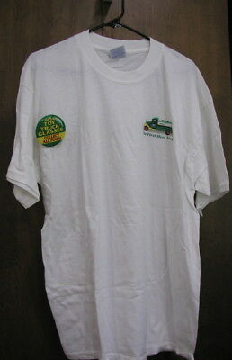 The First Hess Toy Truck Green Logo On Back White Cotton T-Shirt Sz Xl Button
