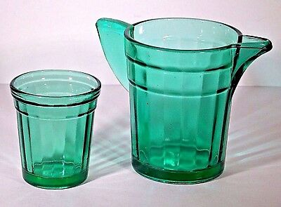 VINTAGE 1930s DEPRESSION AKRO AGATE GREEN GLASS CHILDs PLAYSET TUMBLER & PITCHER