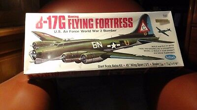 GUILLOW'S Boeing B-17G Flying Fortress - 2002 - 1:28 NUOVO