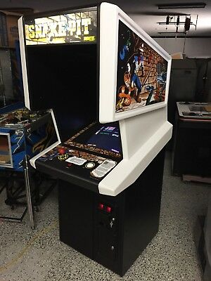 1983 Sente Snakepit dedicated video arcade game. RARE and Wonderful