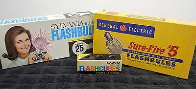 .small Lot Of Vintage Flash Bulbs – Partial & Full Boxes