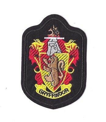 GRYFFINDOR CREST Iron on / Sew on Patch Embroidered Badge Harry Potter PT214