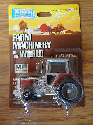 Massey Ferguson 2775 Vintage Collectible 1/64 Scale Tractor