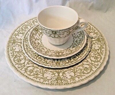 Service for 1 J & G Meakin England Classic Forum China Green 4 Pieces Plate Cup
