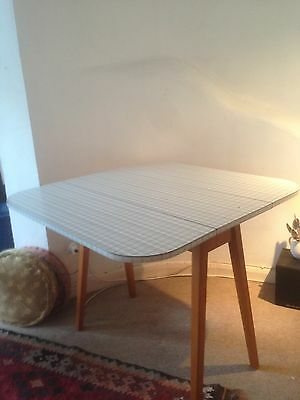 funky mid-century melamine folding table excellent condition