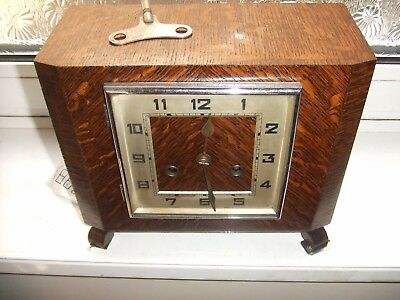 Vintage Art Deco Wooden Chiming  Mantel Clock