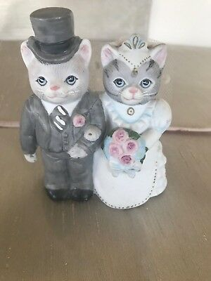 "RARE KITTY CUCUMBER BRIDE AND GROOM "" THE HAPPY COUPLE "" Knick Knack Figurine"