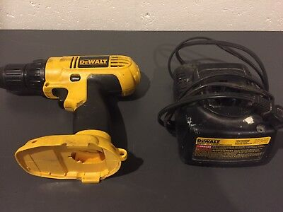 """DeWalt DC728 1/2""""  Speed Cordles drill/driver and Dw9107 charger"""