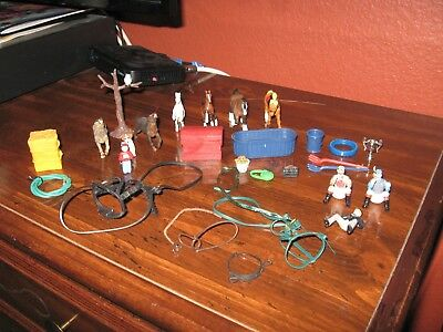 Misc Lot of Breyer Reeves Empire Safari Accessories Lot of 28