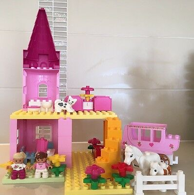 Lego Duplo Pink Castle Play House Home Furniture People Horses Girls Animals