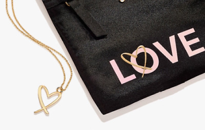 Victoria's Secret Limited Edition Love Heart Pendant Necklace With Pouch 2017