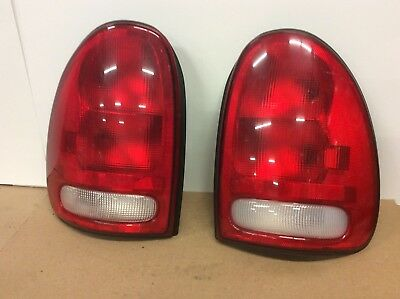 Fits Town /& Country//Caravan//Voyager//Durango Tail Light RH