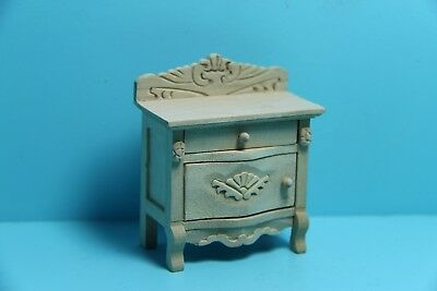 Dollhouse Miniature Unfinished Wood Side Table / End Table ~ GW119