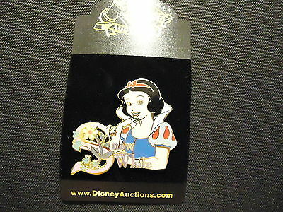 Disney Auctions (P.i.n.s.) Snow White Name Pin Le 1000 On Card
