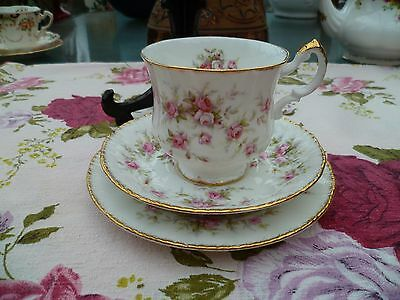 Lovely Vintage Paragon English China Trio Tea Cup Saucer Victoriana Rose