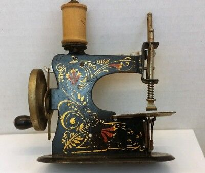 Vintage Hand Crank Child's Toy Metal Sewing Machine Eagle Key Germany