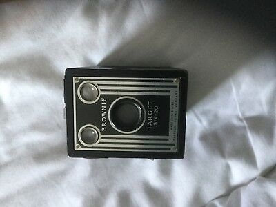 Vintage Brownie Target Six-20 Retro Box Camera