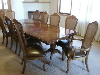 Walnut dining table & 10 chairs Louis XV style