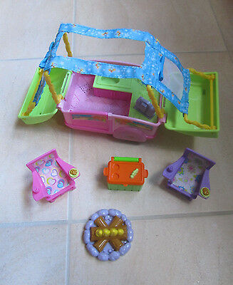 Fisher Price Little People 'Sarah Lynn & Her Camping Adventure' Camper Playset