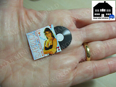 Miniatura escala Disco. Sabrina. Dollhouse miniatures 1/12