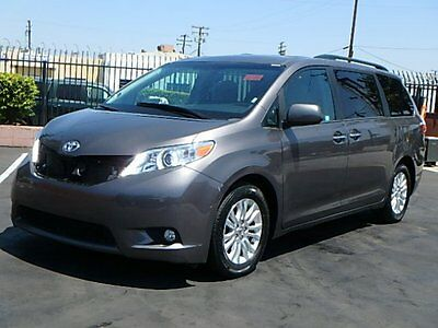 2016 Toyota Sienna XLE 2016 Toyota Sienna XLE Wrecked Rebuilder Salvage Nice Fixer Lots of Options L@@K