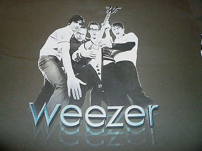 Weezer 2001 Tour Shirt ( Used Size L Missing Tag ) Nice Condition!!!