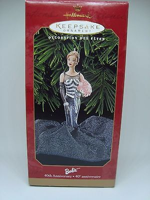 BARBIE Collectible Hallmark Ornament. 40TH ANNIVERSARY! 1999 AWESOME!!