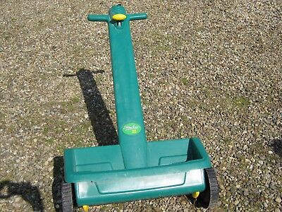 GRASS  SEED SPREADER Wheeled With Dial Setting