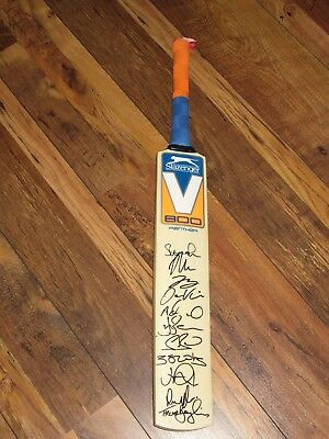 England Squad Signed Bat! Root, Stokes, Finn, Bairstow Broad **photo Proof**