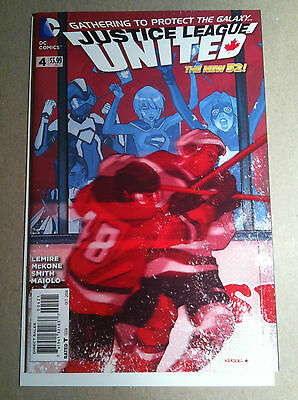 Justice League United #4 Karl Kerschl 1:25 Hockey Variant Nm 1St Print Canada