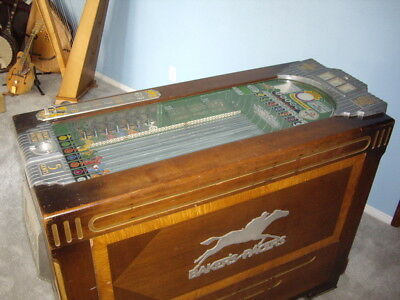 Very Rare Bakers Pacers Horse Racing Slot Machine (Paces Races)W/Extra Glass