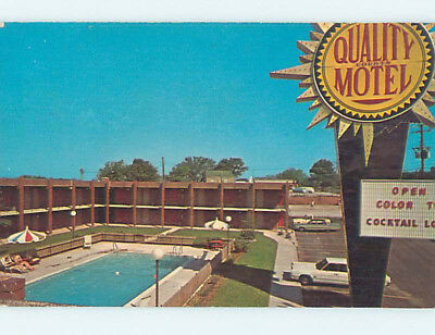 Pre-1980 OLD CARS & QUALITY COURTS MOTEL Frankfort Kentucky KY M2794