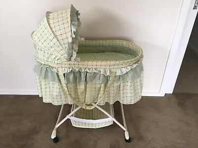 Baby Bassinet - Moses Basket With Stand - Vintage / Retro