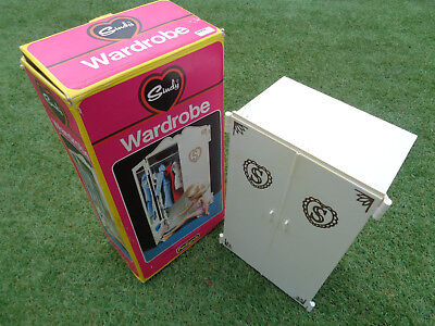 vintage Sindy Wardrobe + Box Furniture Pedigree with shoes and coat hangers