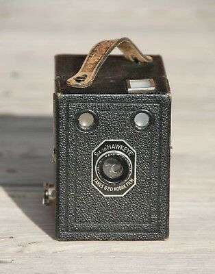Vintage Kodak Six-20 Hawkeye Box Camera  with Leather Case