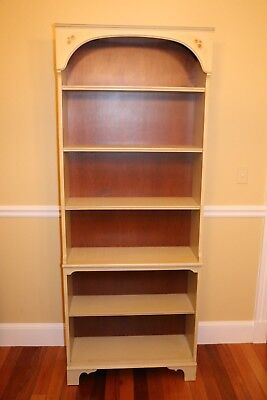 Vintage Hitchcock Furniture bookcase in very good condition