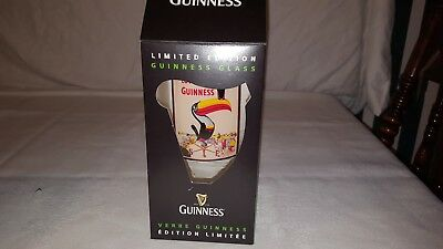 Nib 2012 Lovely Day For A Guinness Pint Glass Painted Toucan Sign Label