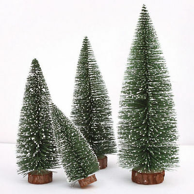 mini weihnachtsbaum tannenbaum christbaum 45 cm rot geschm ckt mit beleuchtung eur 9 90. Black Bedroom Furniture Sets. Home Design Ideas