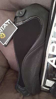 ARIAT VOLANT FUSION BLACK CHAPs - MEDIUM BNWT