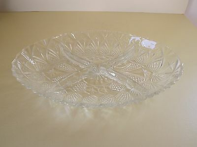Pressed Glass Oval Sectioned Serving / Nibbles Dish - France (69,17))