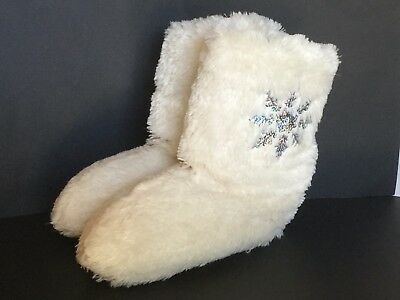 Justice girls white faux fur sequin snowflake boot slippers size M 4/5