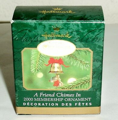 "Hallmark 2000 Miniature Ornament ""A Friend Chimes In"" Mouse Brass Bell"