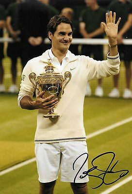 roger federer holding the wimbledon championship trophy 2013 signed 12x8 photo