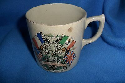 RARE PEACE mug THE GREAT WORLD WAR 1914-June 28th 1919 IAGO ,chips