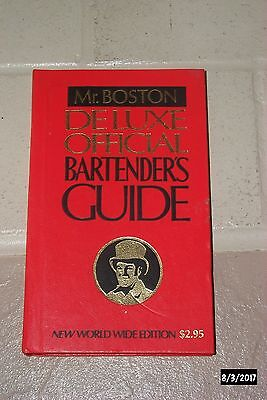 Vintage Mr. Boston Deluxe Official Bartenders Guide Book Mixology